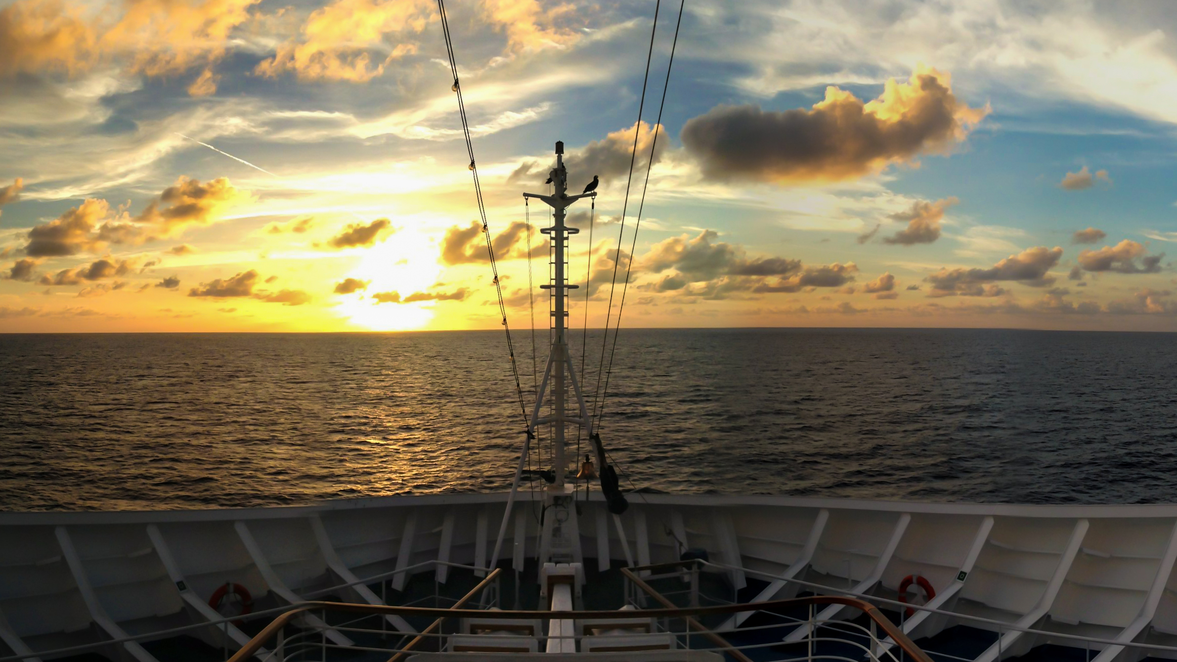 Click Photo to Enlarge | Carnival Breeze Caribbean Sunset | © Carl Nethercutt