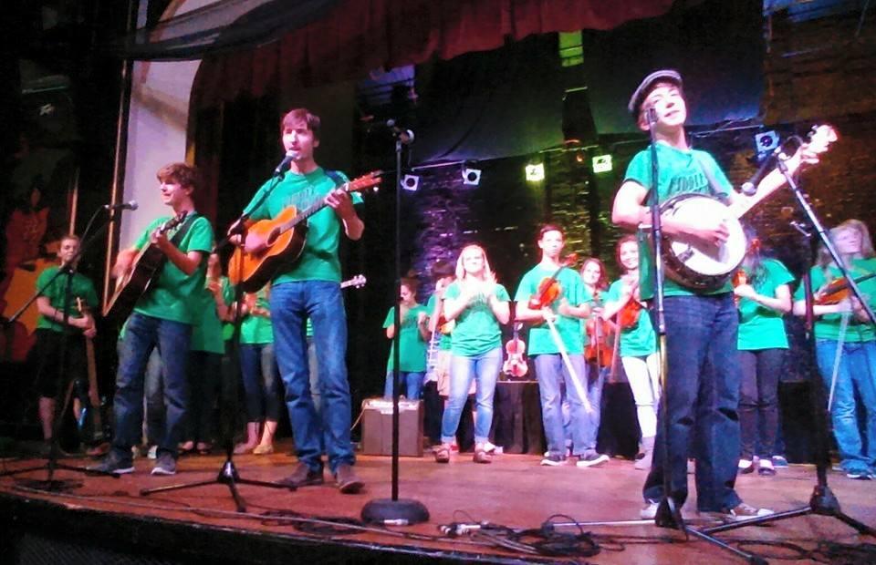 Fiddle Group Dickens 2015 Brennan on the Moor (2).jpg