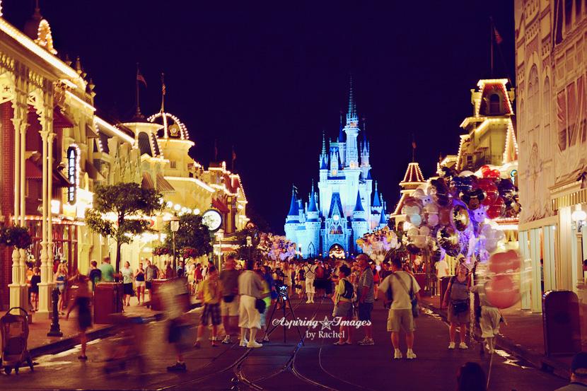 AspiringImagesbyRachel_Disney-MagicKingdom-MainStreet-wCastle