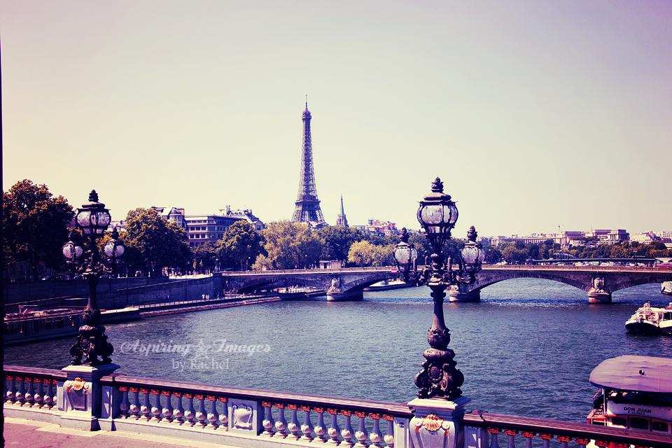 AspiringImagesbyRachel-Paris-Bridge-EiffelTower-SeineRiver