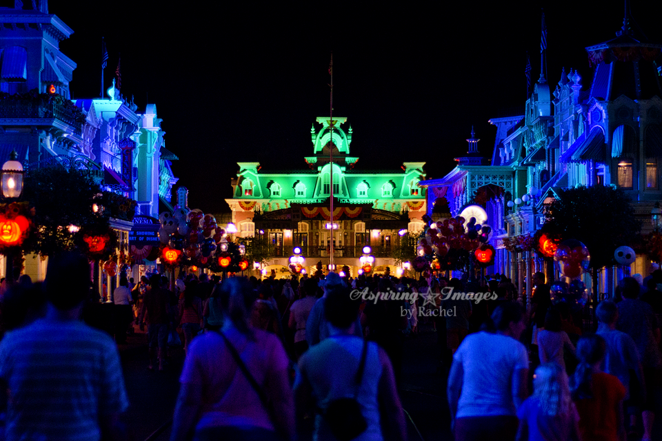 AspiringImagesbyRachel-WaltDisneyWorld-MagicKingdom-MainStreet-HalloweenColors