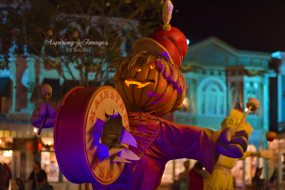 AspiringImagesbyRachel-WaltDisneyWorld-MagicKingdom-Halloween-PumpkinBand