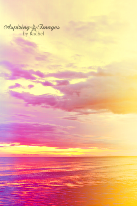 AspiringImagesbyRachel-BeachSunset-VeniceBch-Vertical-Rainbow