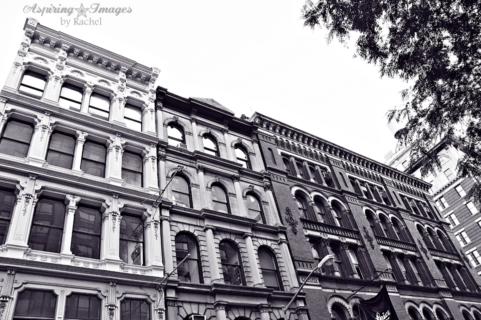 NYC-Brownstone-ThreeFacades-BnW