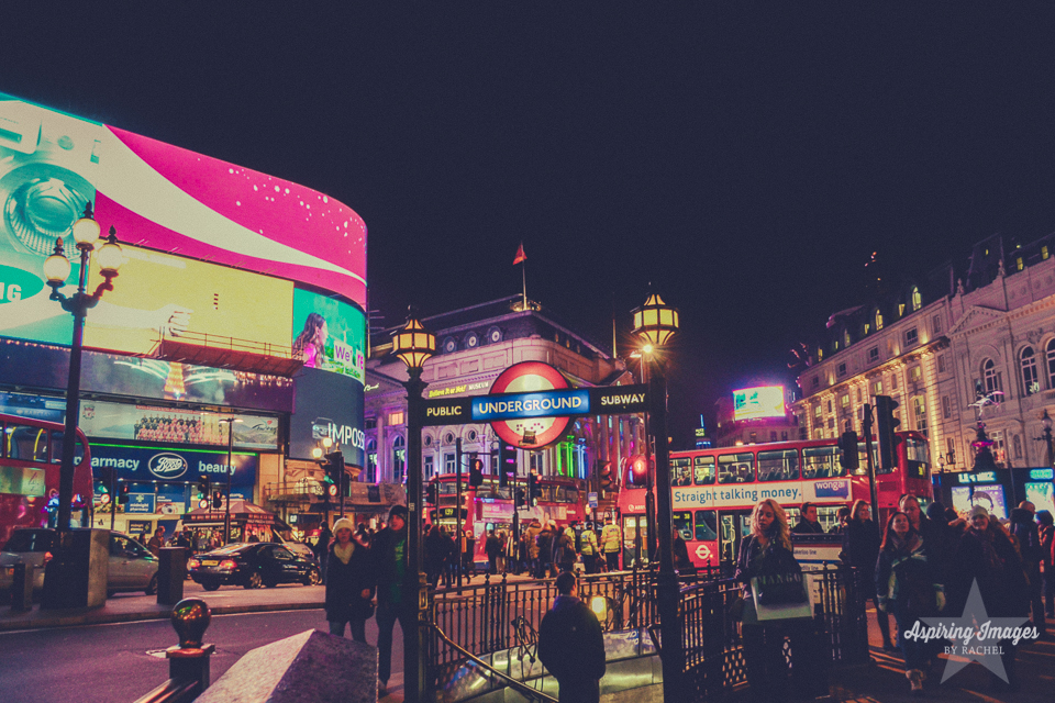 AspiringImagesbyRachel-London-PicadillyCircus-Night