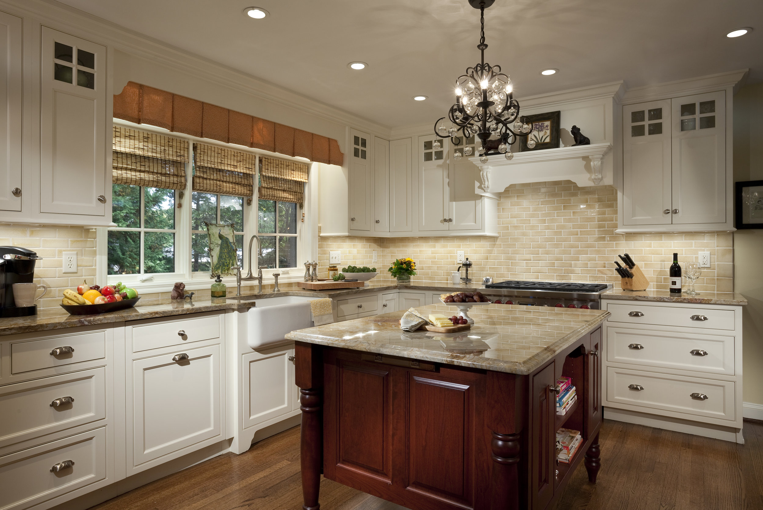 by Robinwood Kitchens, Plain & Fancy Custom Cabinetry