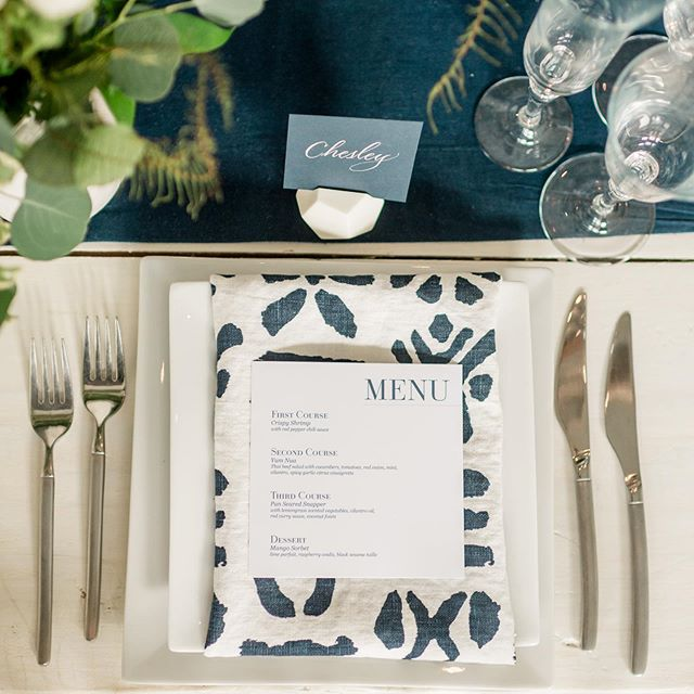 Crisp and cool tablescape to help get us through this summer heat wave.  Photo: @laurenrswann Design & Styling: @kaririderevents Paper Goods and Calligraphy: @surceecalligraphy  Rentals: @easternshoretents  Florals: @monterayfarms Linens: @latavolalinen