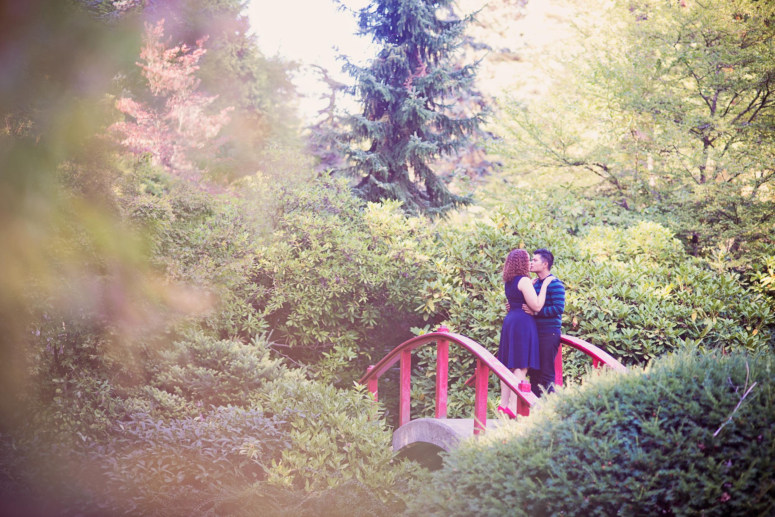 Seattle-Wedding-Photographer,-Kelsey-Lane-Photography_Esther-+-Israel_Kubota-Park-Engagement-2015-3.jpg