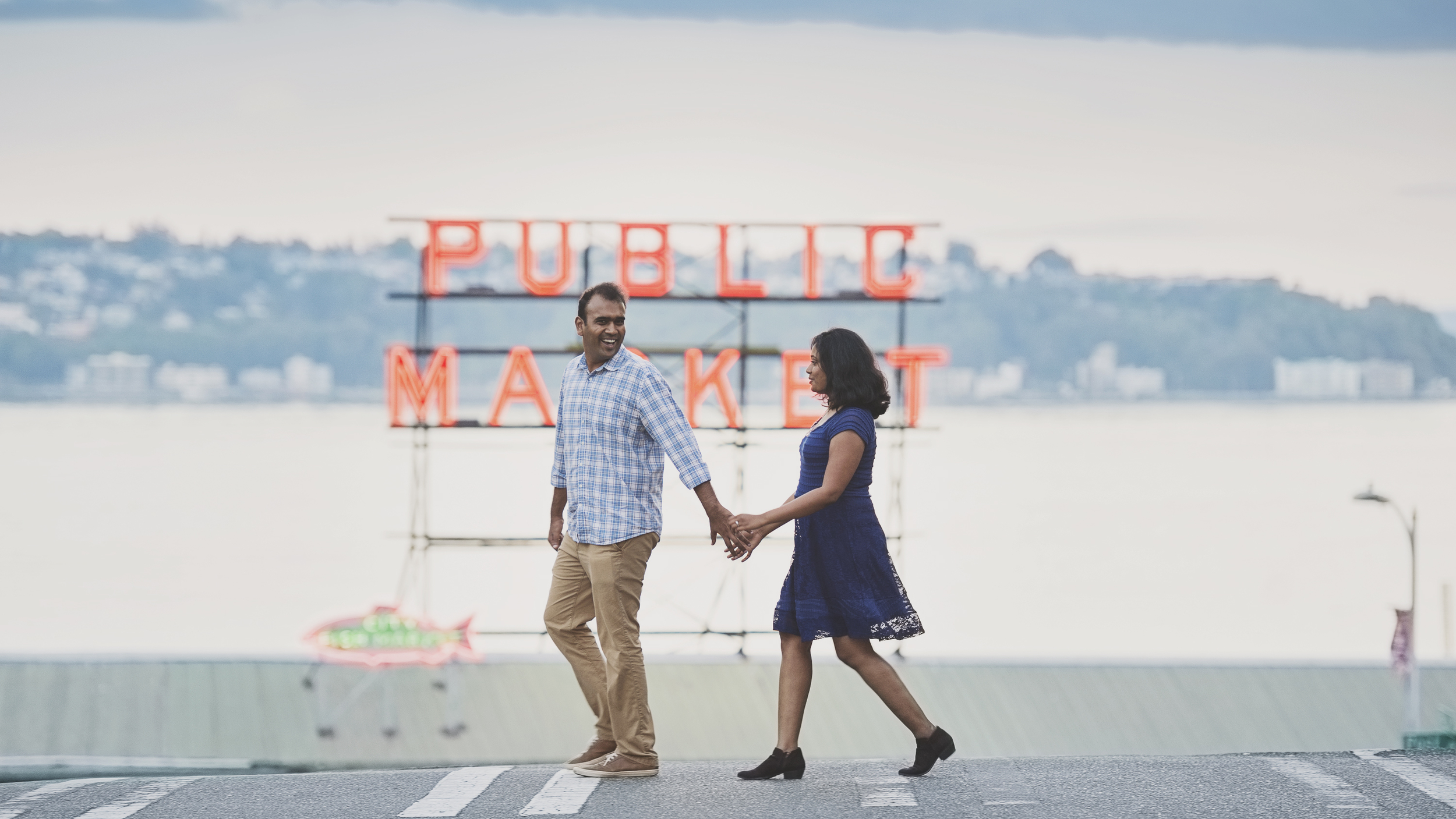 Seattle Engagement Photo_Pikes Place Engagement_Kelsey Lane Photography_8