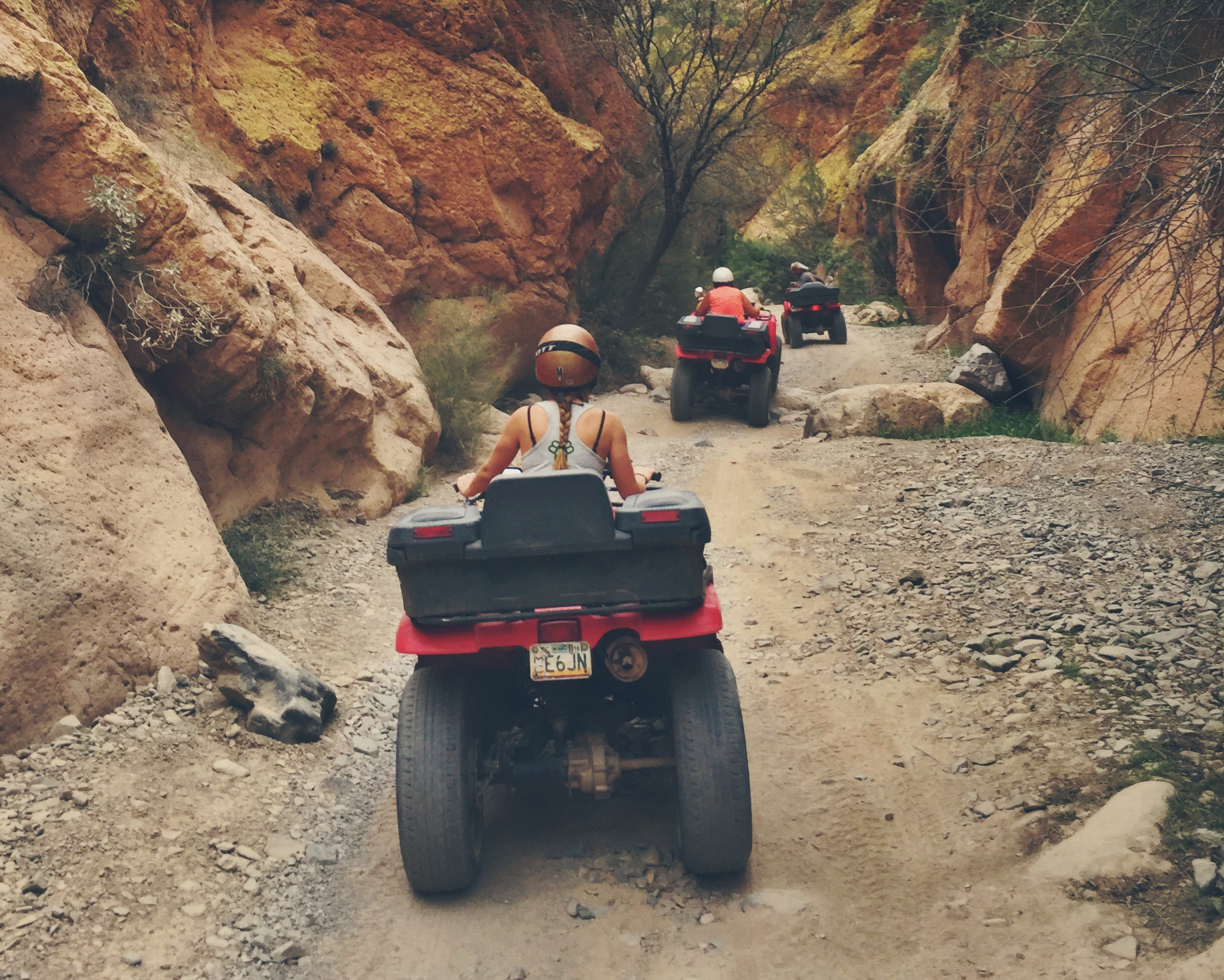 Finding our way into Box Canyon