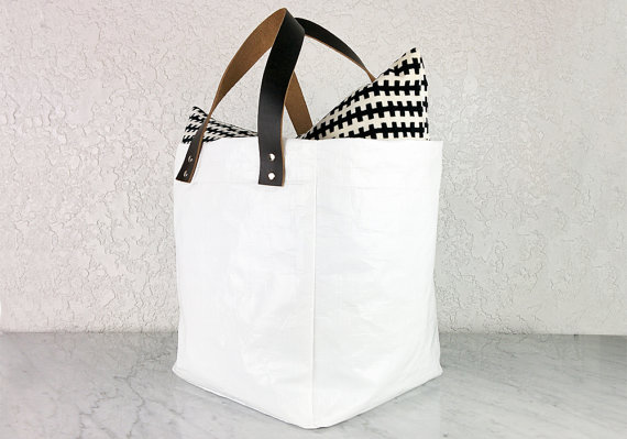 Heavy duty storage bag - could use this for laundry, blankets, etc.