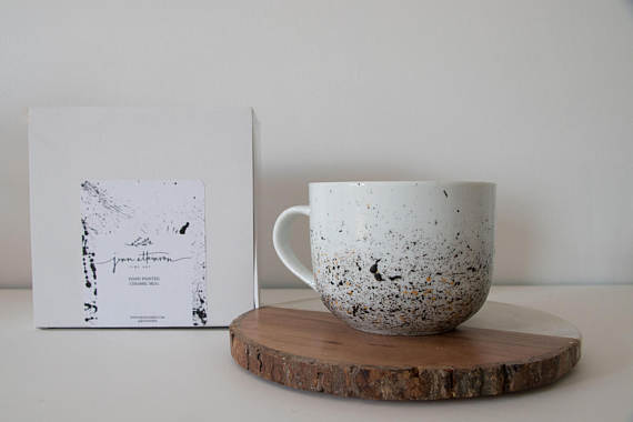 The best Canadian Etsy sellers: a minimalist and handmade mug.