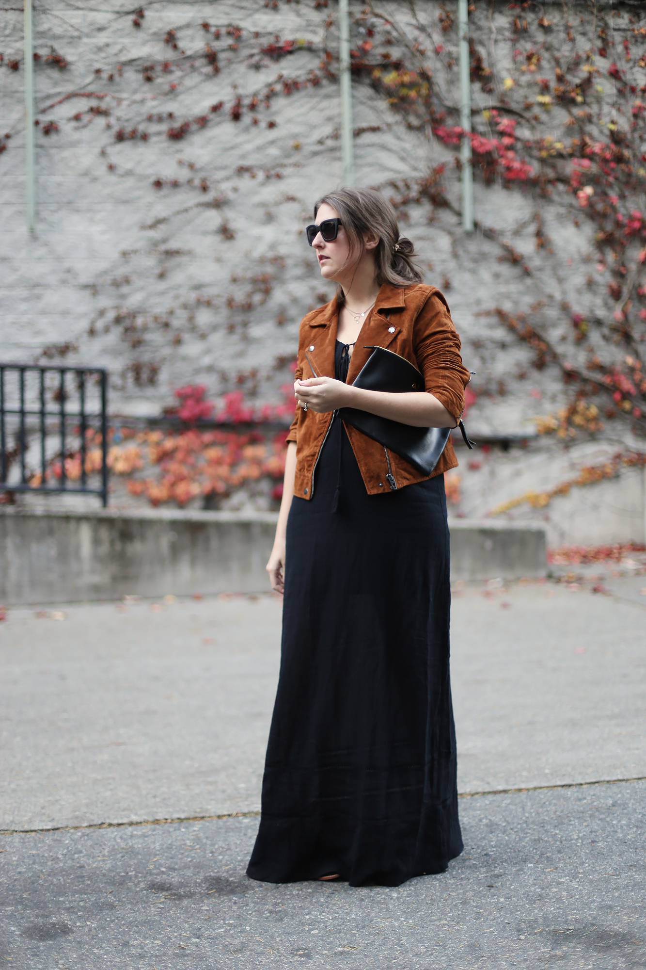 Amazing chic street style. Layering is such a great way to use items in your closet that you already own to make up new outfits.