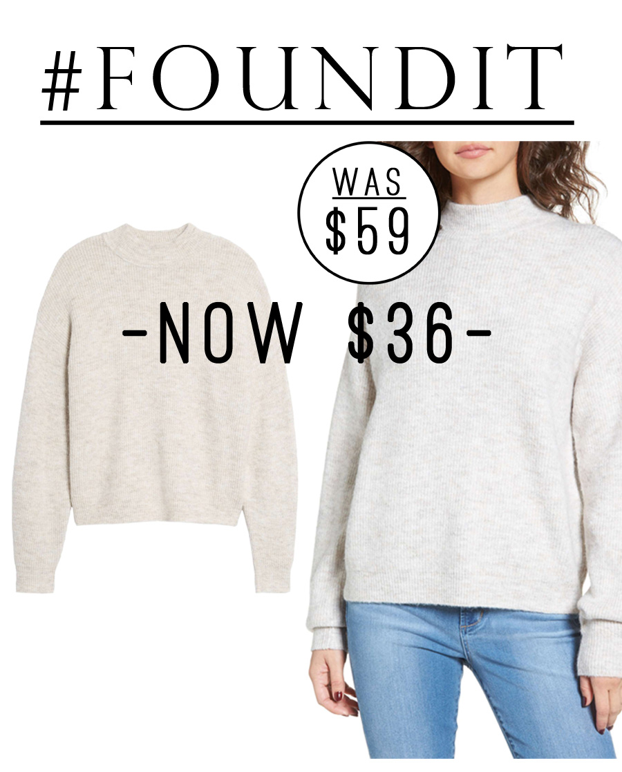 THIS GREY OVERSIZED SWEATER THO!! It's currently 40% and looks so cozy. #salealert