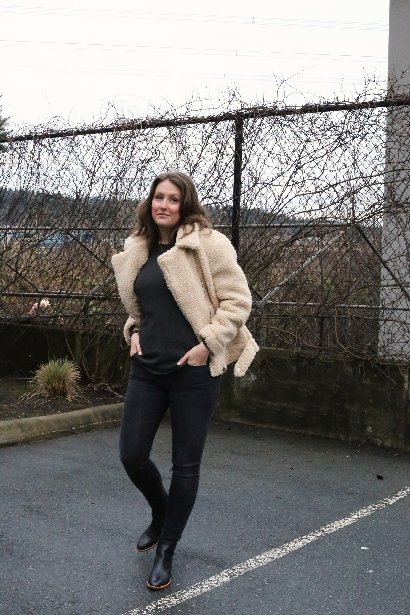 Shearling jacket dreams. I'm so into minimalist street style and luxury fashion for less.