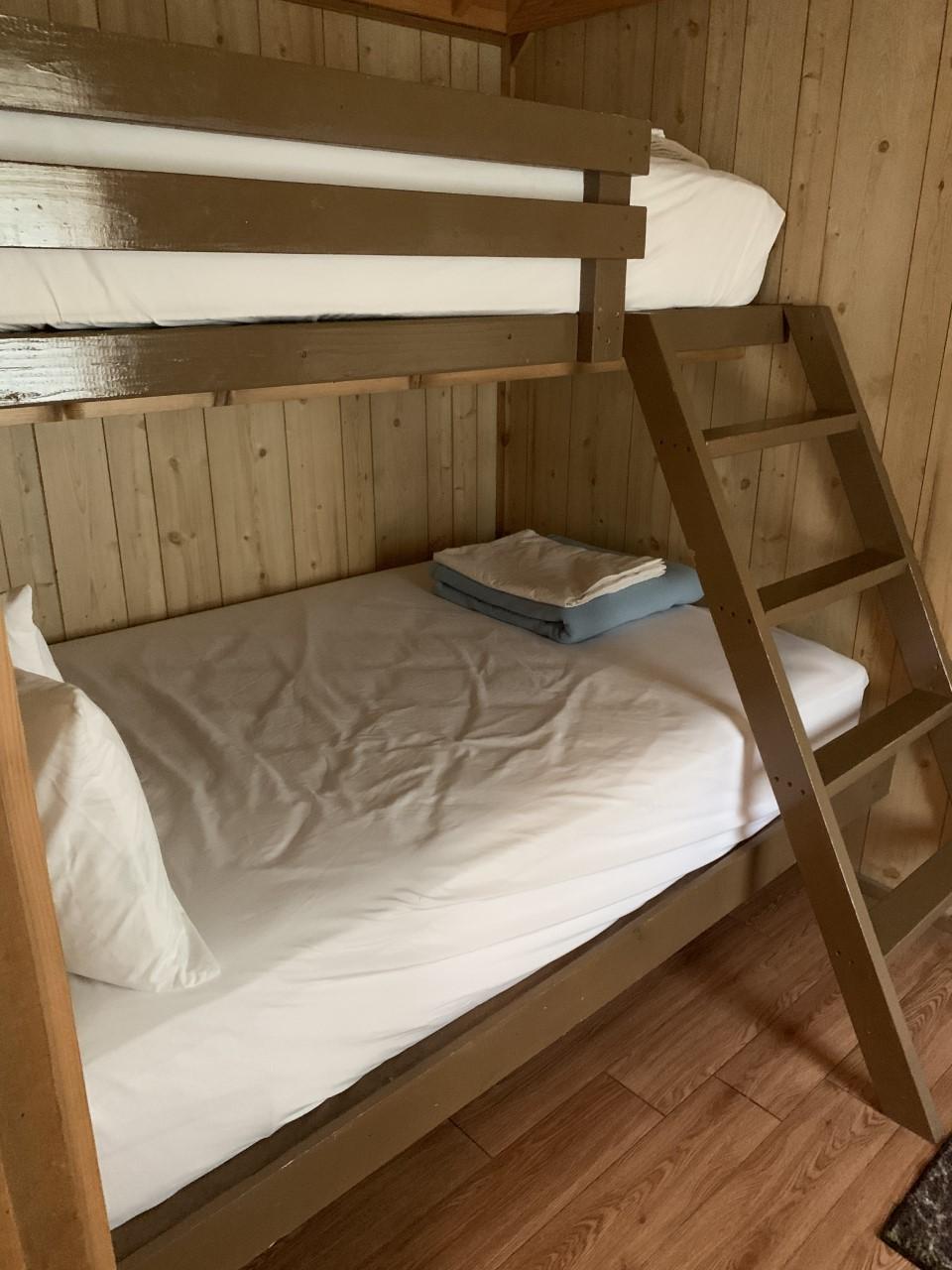 Cabin7Bunk.jpg