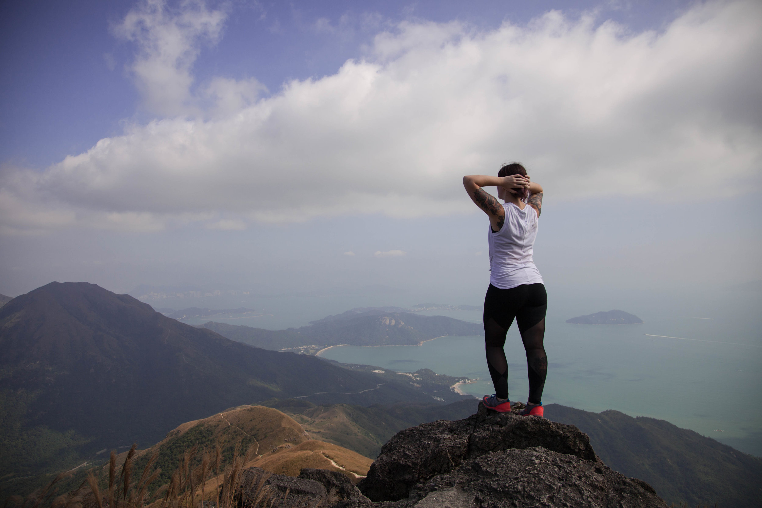 Lantau-peak-hong-kong.jpg
