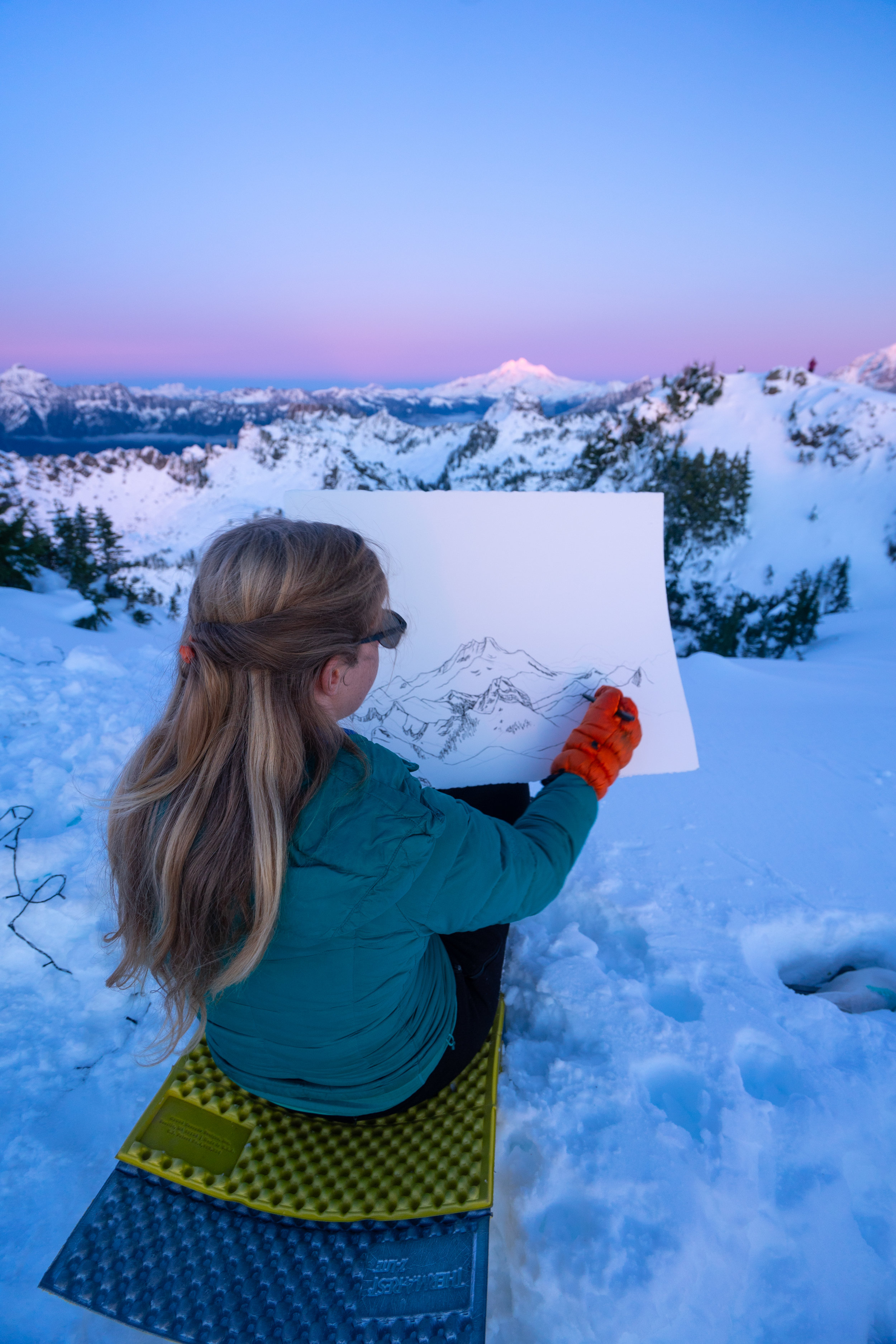 Nikki with the beginning of her painting of Glacier Peak during the sunset!