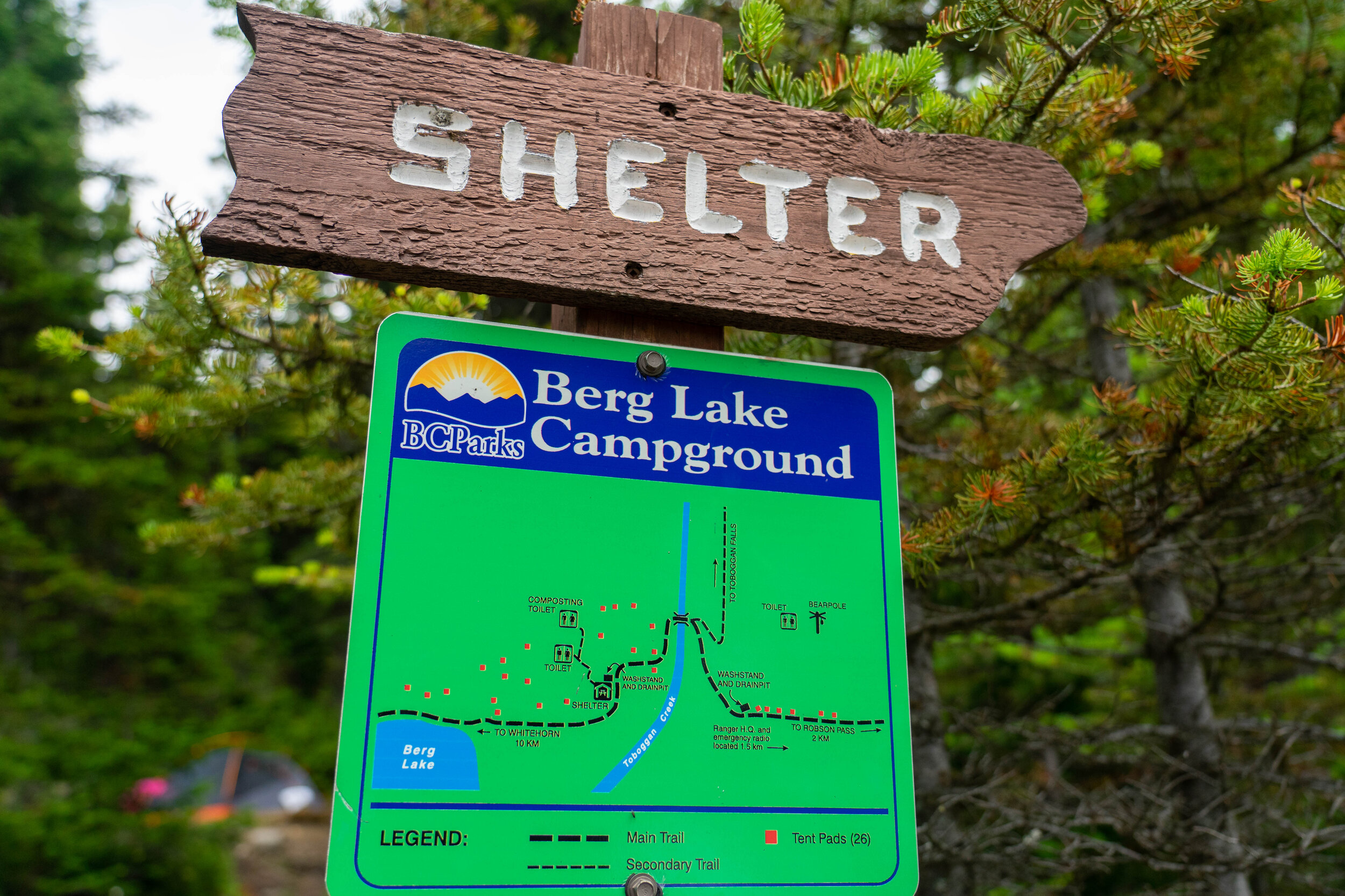 All of the campgrounds have signs with maps.