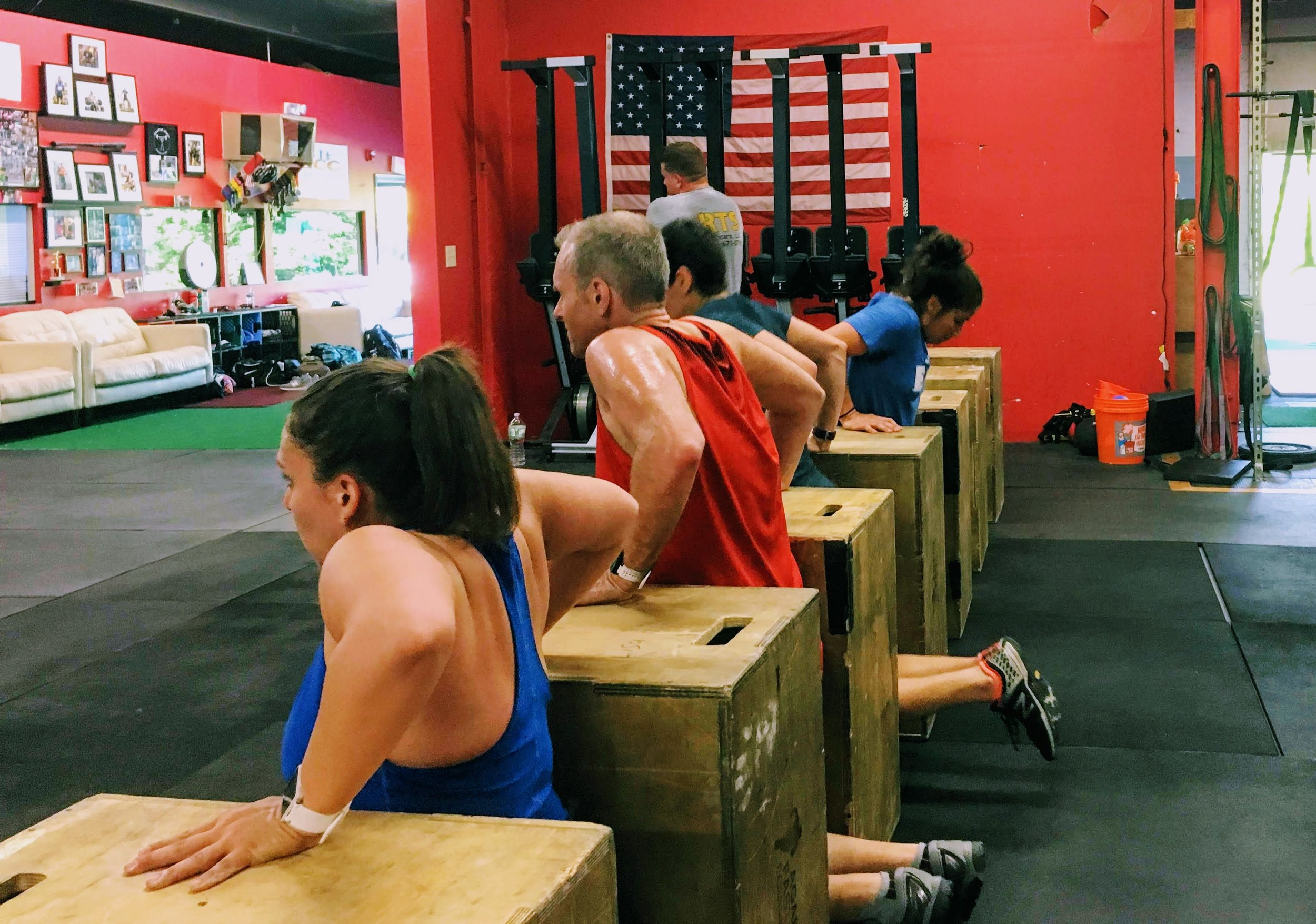 5:30 class getting after it! When I dip, you dip, we dip.
