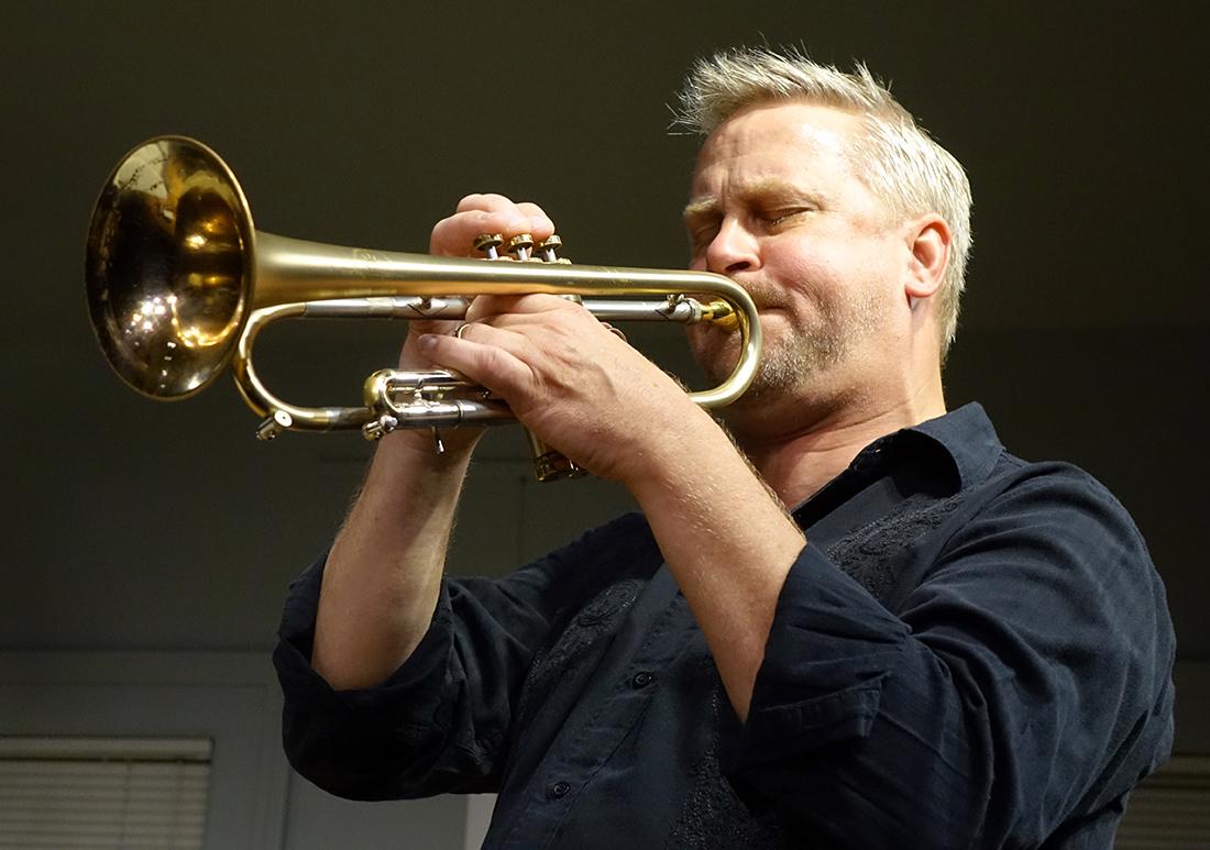 Russ Johnson