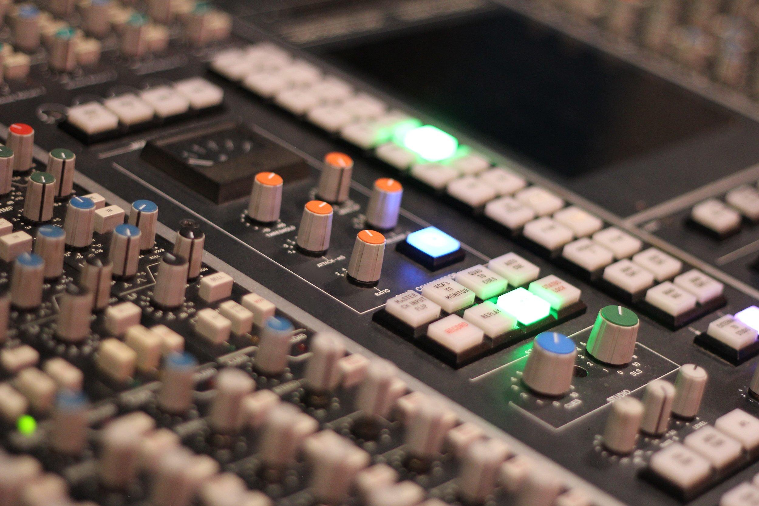 The Ultimate Studio M Upgrade    The SSL 4000 E Console    Book Now