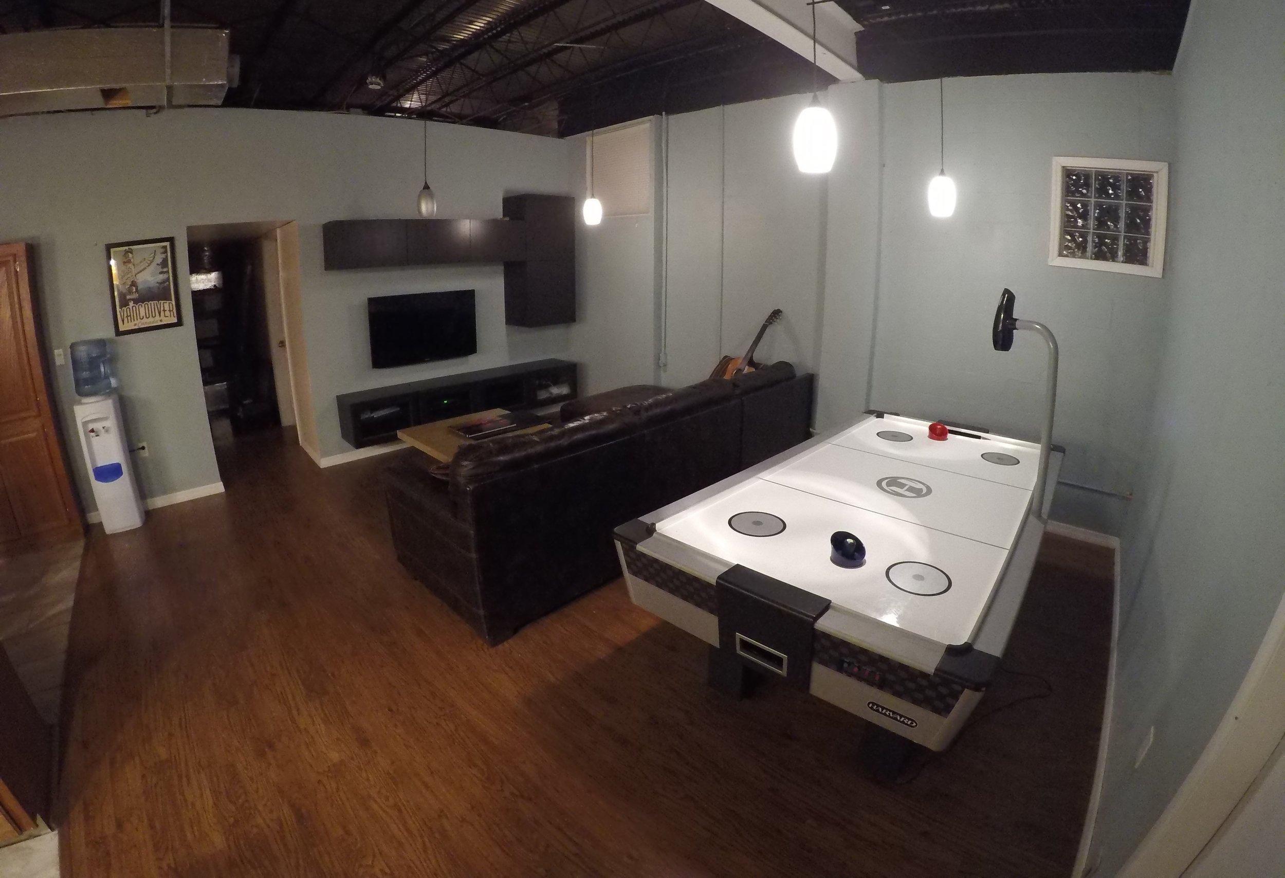 Livingroom (side).jpg