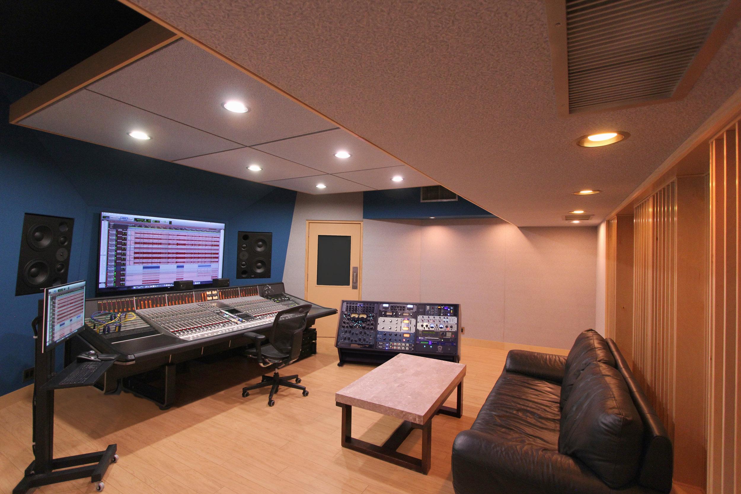 Studio M - 1 NEW 2019.jpg