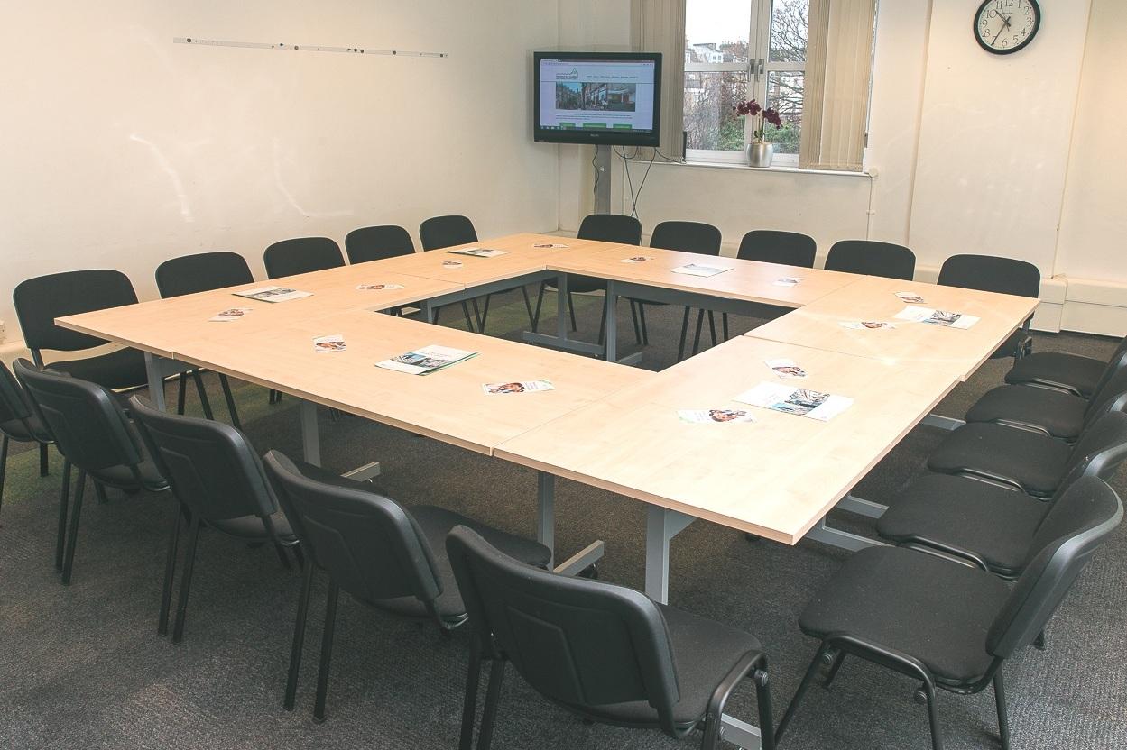 Seminar Room 4 - Maximum seating capacity36Cabaret / Boardroom / Theatre20 / 20 / 36