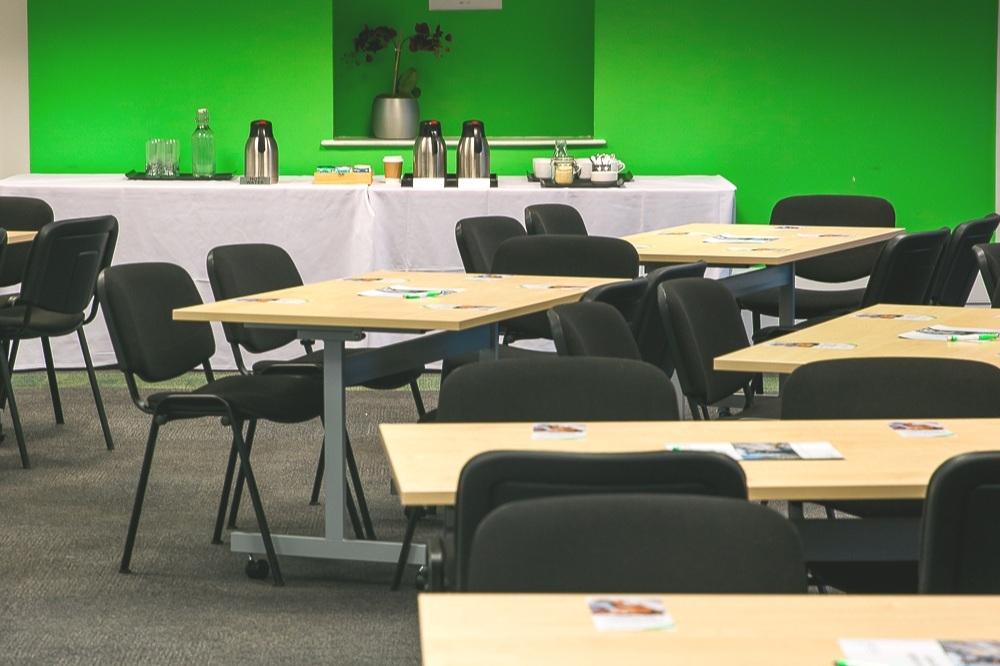 Seminar Suite 2 & 3 - Maximum seating capacity160Cabaret / Theatre70 / 160