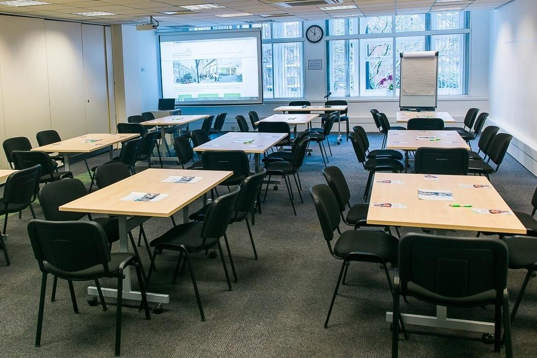 Seminar Room 2 - Maximum seating capacity90Cabaret / Boardroom / Theatre45 / 36 / 90