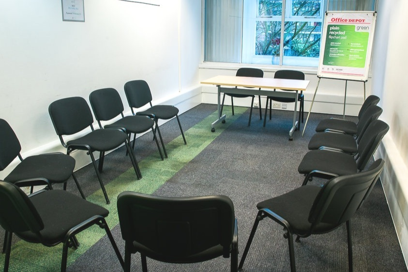 Meeting Room 5 - Maximum seating capacity17Boardroom / Theatre12 / 17