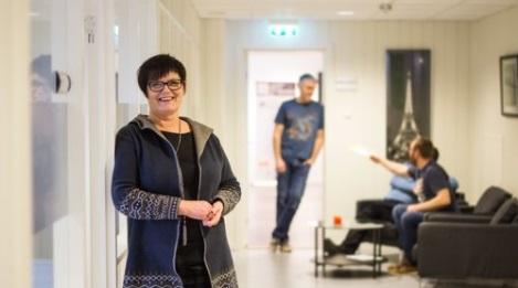 Evelyn Bjørge, daglig leder i MTI IT Service, har fokus på å gi kundene en sikker og effektiv datahverdag.