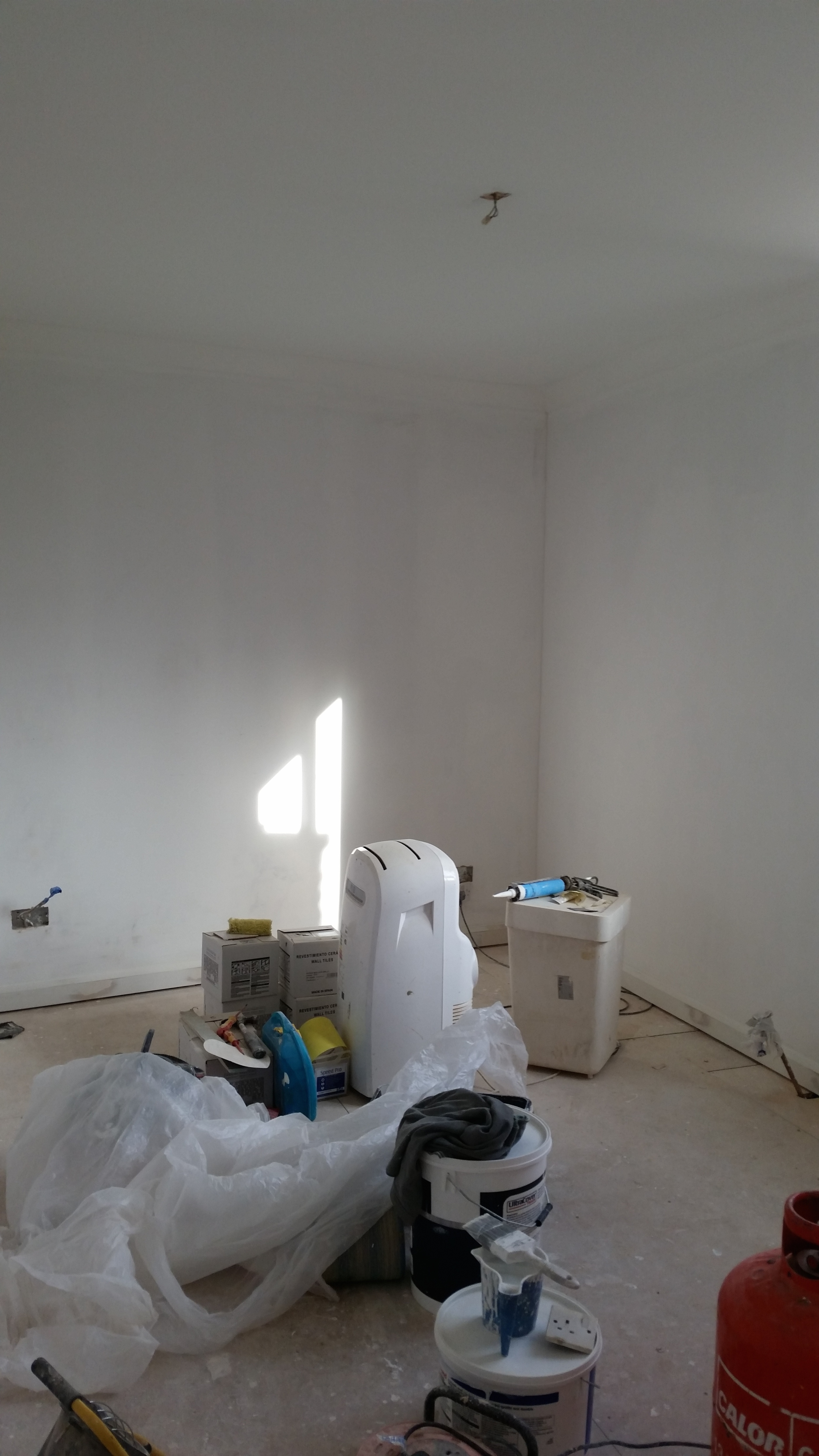 Undercoat on bedroom walls