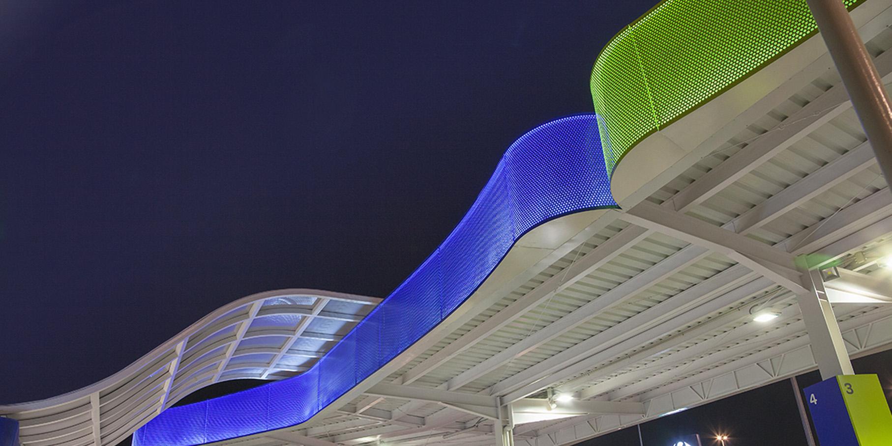 slide gasolinera.jpg
