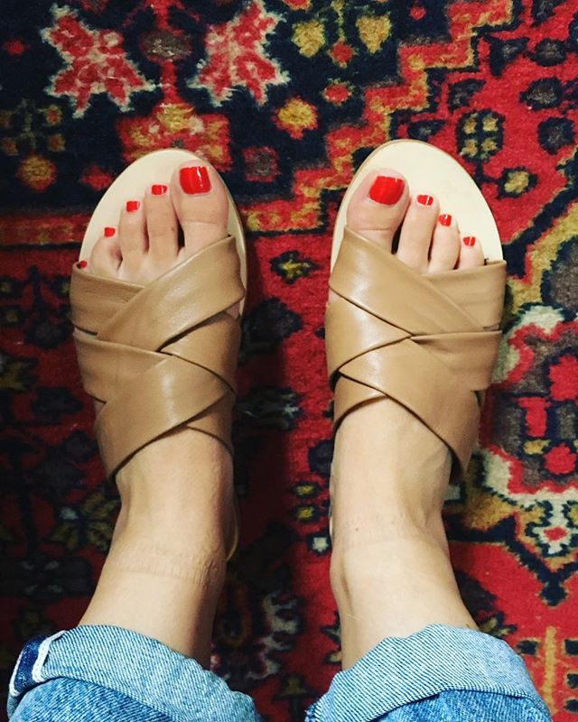 Talking about my love of end of season shoe sales-- now up on the blog! #thatcosthowmuch #sandals #summer #sale #nyc #brooklyn #mystyle