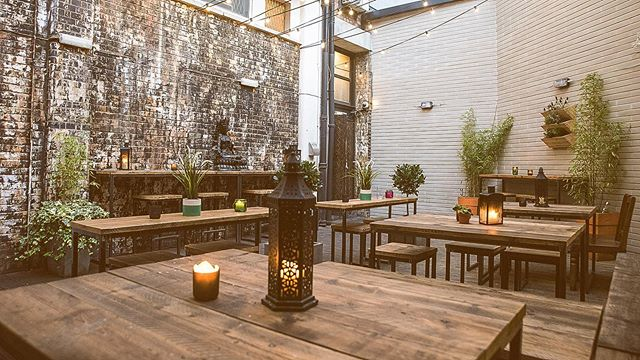 Mini heatwave this weekend ☀️ Leave your office immediately and come into our secret garden for some drinks!! Is this the last official summer weekend of 2019? . . . . . . . . . . . . . #jerusalem #jerusalembarandkitchen #rathboneplace #soho #heatwave #miniheatwave #summerinlondon #summer #friday #weekend #weekendvibes #weekendgetaway #officeparty #officedrinks #workdrinks #drinksinthesun #funinthesun #summer2019 #september