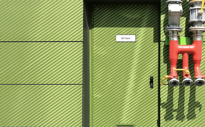 Bayer_Betriebszentrale_Dormagen_Rasterbild_Mural_Giebelbild