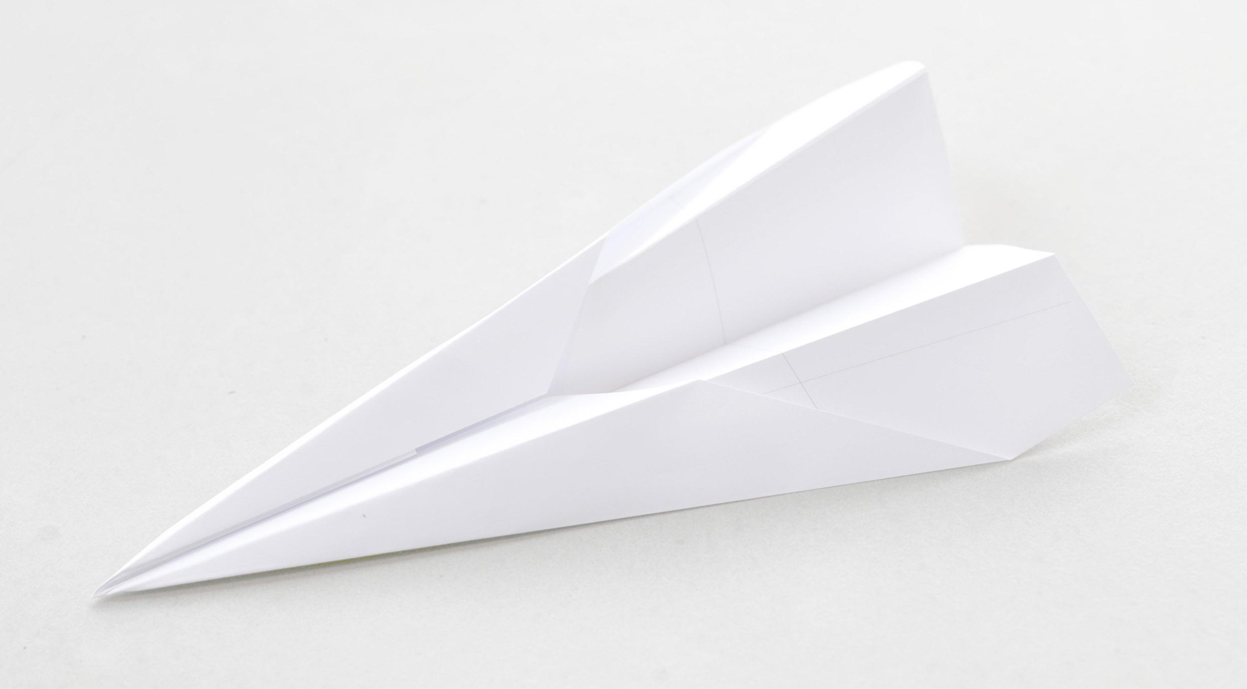 Entwurf-Flughafen-Papierflieger-Innenraum-Konzept-Gestaltung.jpg