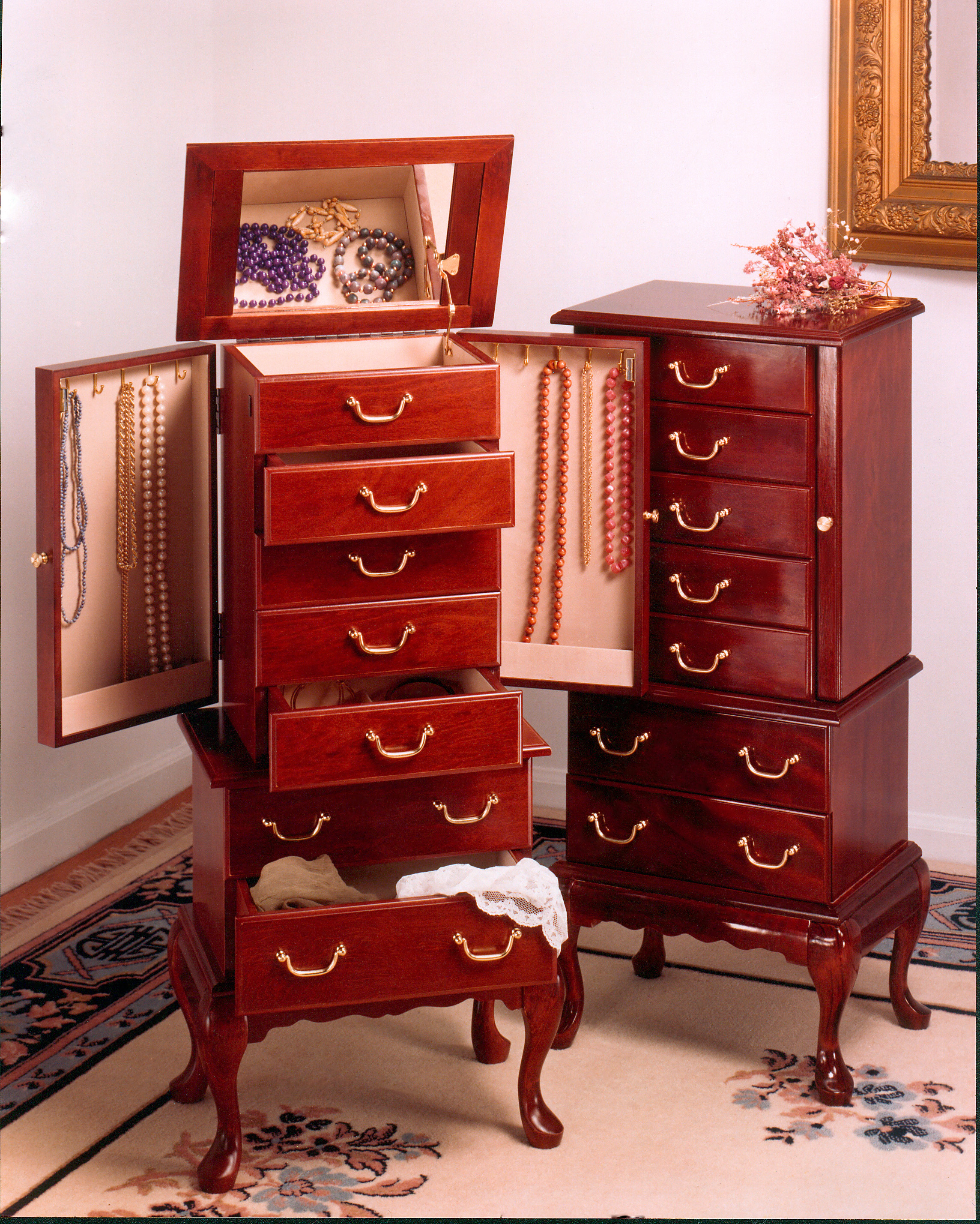 Mele Manufacturing Jewelry Chests Photo