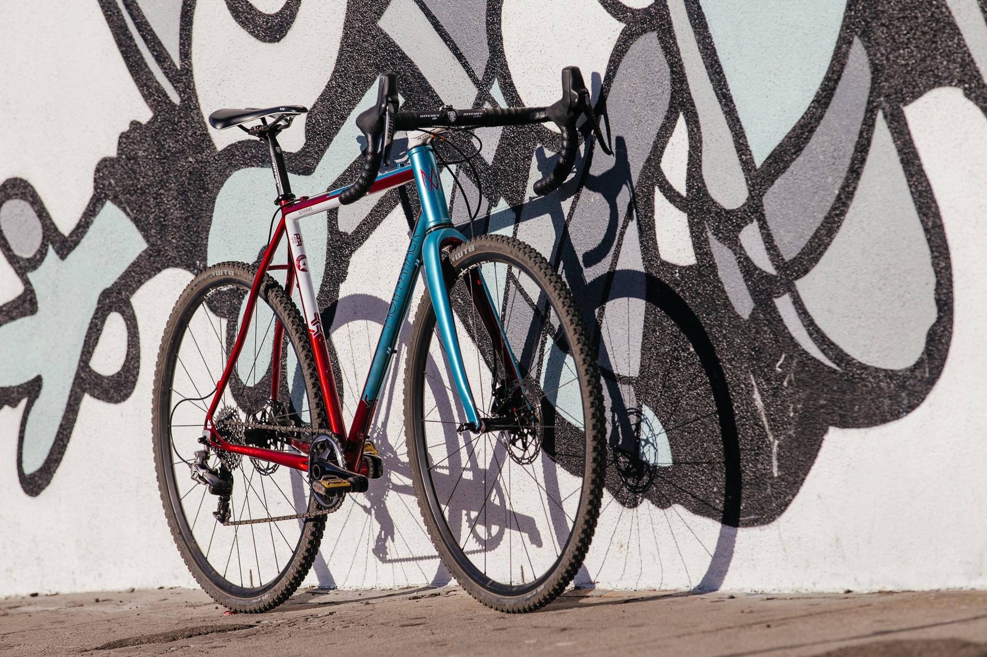 Ericas-Moth-Attack-CX-Team-Bike-19-1335x890@2x.jpg