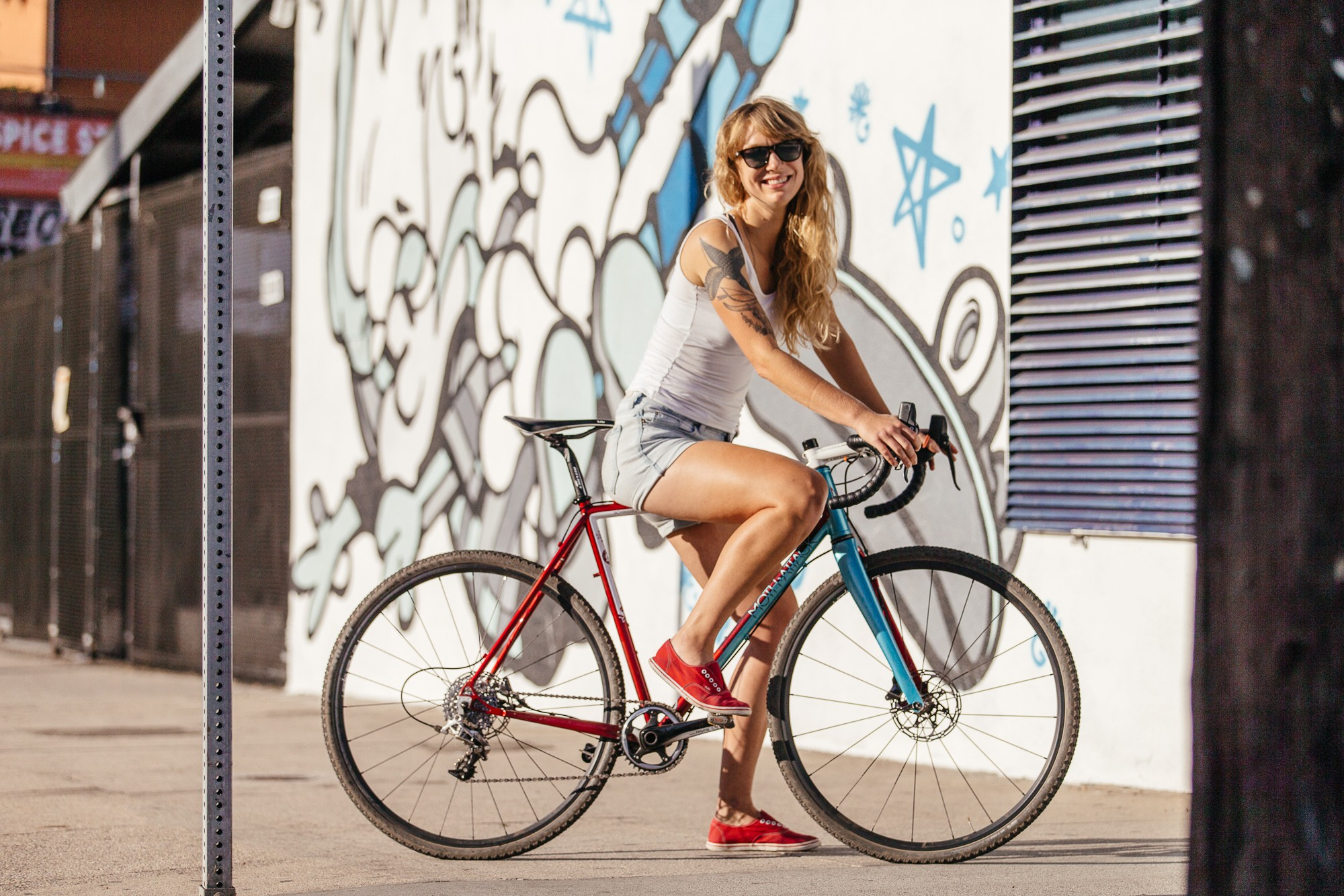 Ericas-Moth-Attack-CX-Team-Bike-31-1335x890@2x.jpg