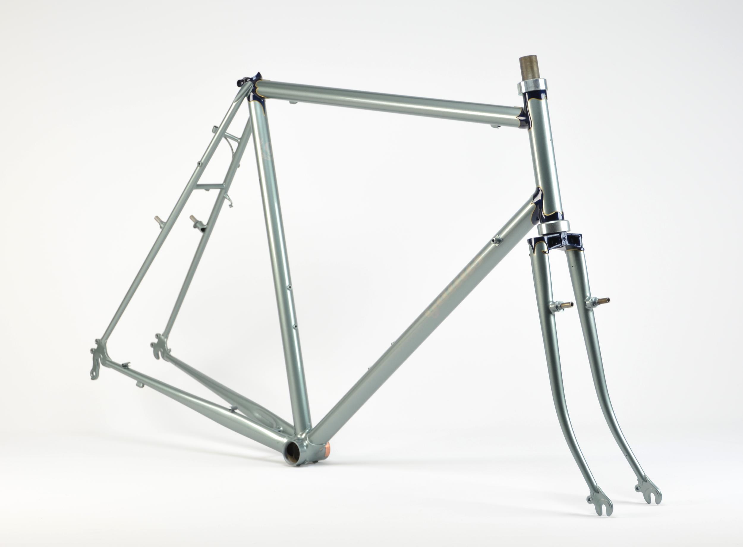 gallus-lugged-steel_25158454540_o.jpg