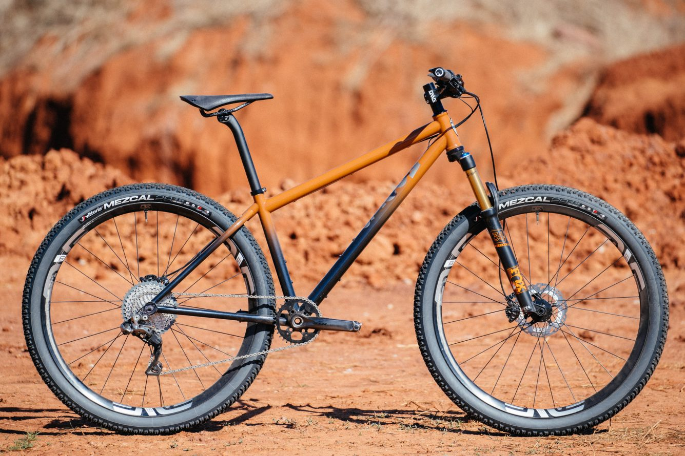 Bobby-from-Distric-Bicycles-Oklahoma-Red-Dirt-Moots-Hardtail-1-1335x890.jpg
