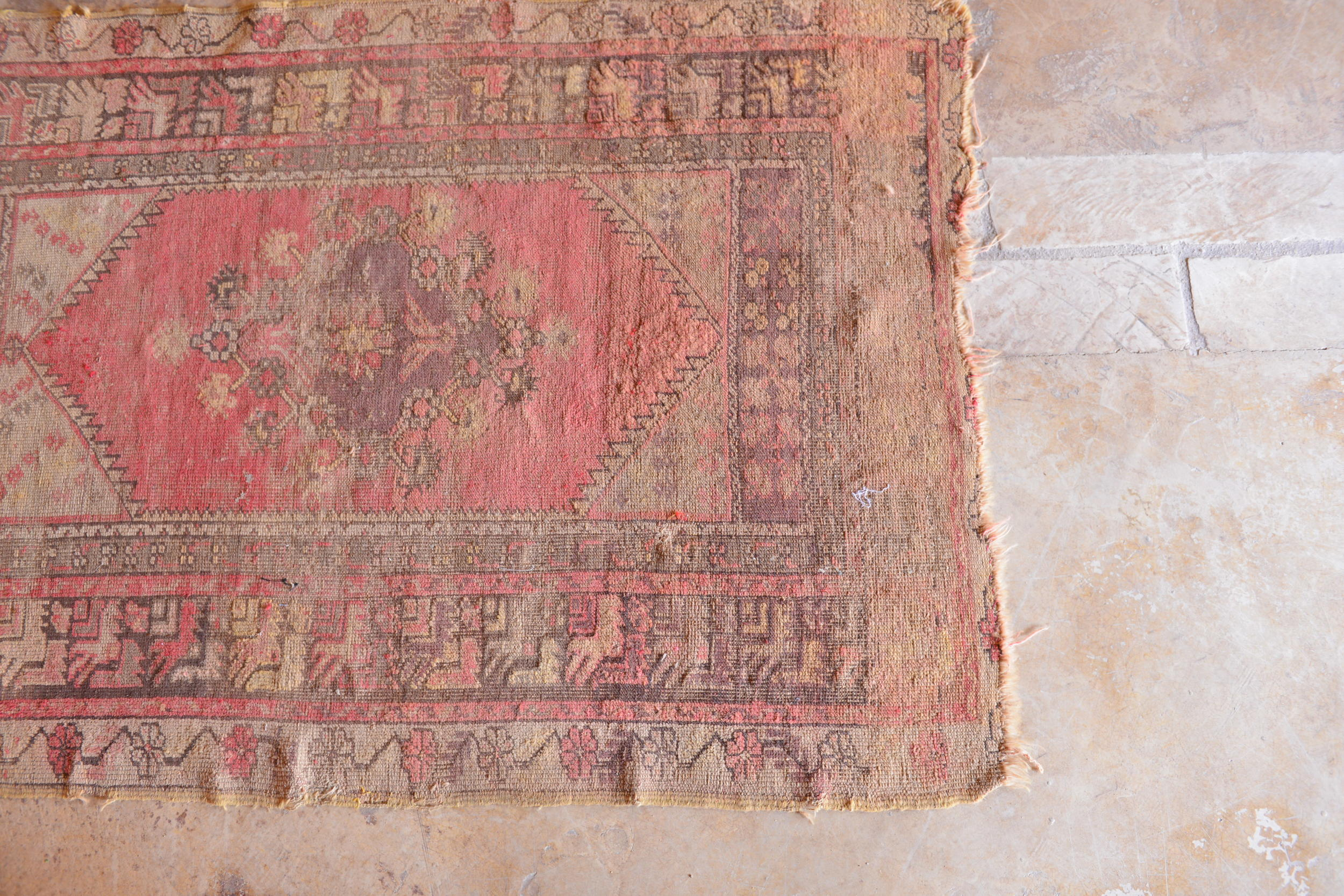 Vintage rug in the living room at Feynan Ecolodge.