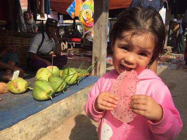 eatdrinklaos-inle-markets-lara