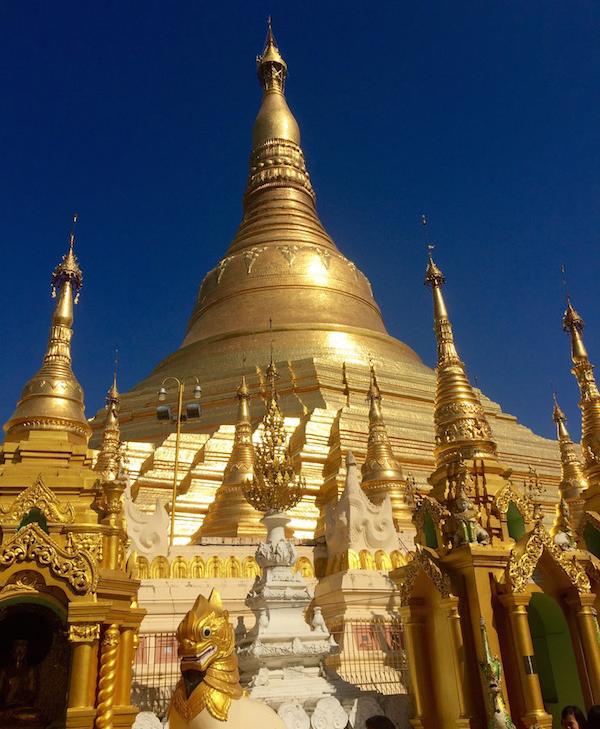 eatdrinklaos-myanmar-shweddagon