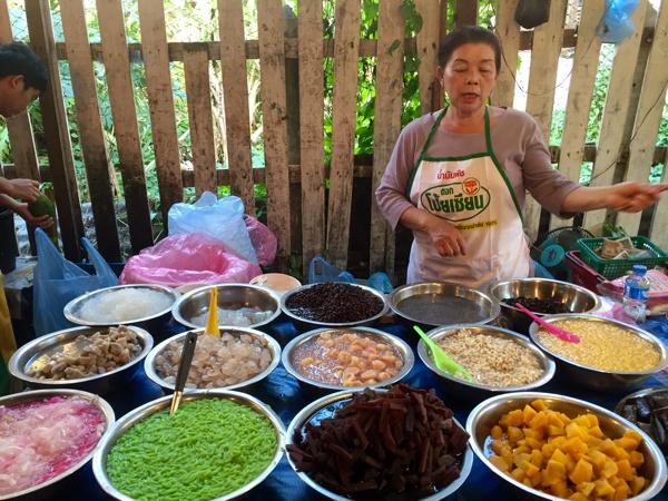 Popular gelatinous desserts - mung bean, sweet potato, stick rice, bean curd and more
