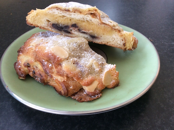 eatdrinklaos-vientiane-odelices-croissant