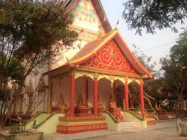 eatdrinklaos-roadworks-vientiane-temples